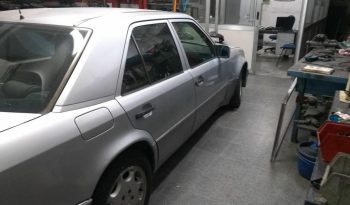 Mercedes-Benz 500E full